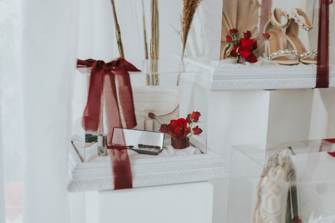 Indah Engagement Hampers by Bloomette - 003
