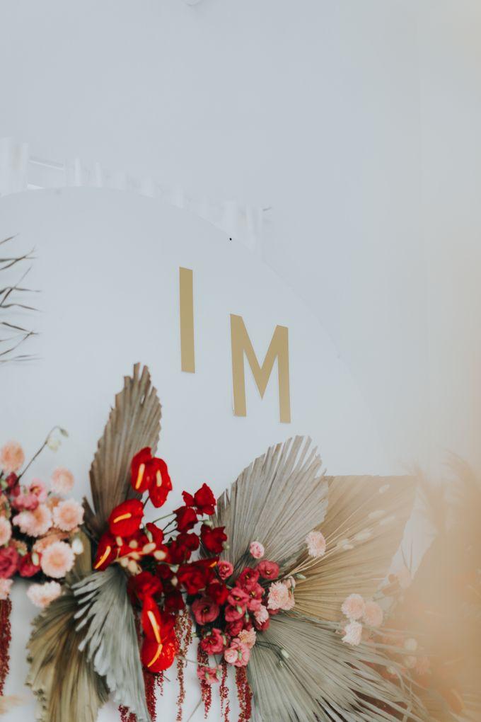 Indah Engagement Decor by Bloomette - 005