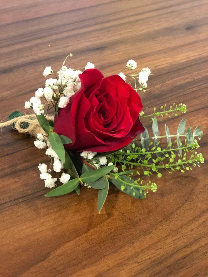 Bridal Rustic Hand Bouquet by De' Flower - 004