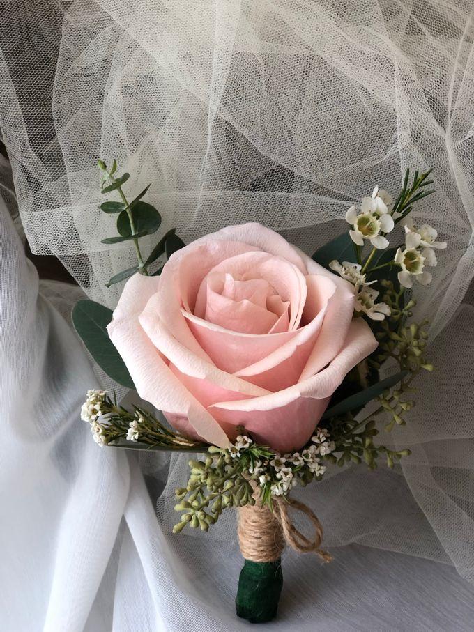 Bridal Rustic Hand Bouquet by De' Flower - 002