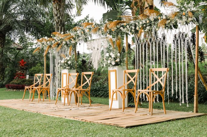 Outdoor Rustic Wedding  Atha and Rev s day by Kimus Pict - 004