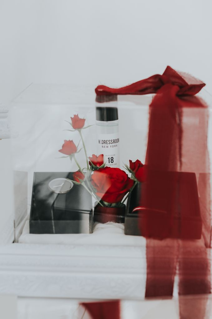 Indah Engagement Hampers by Bloomette - 009