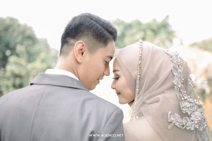 The Wedding Of Melly & Wisnu by alienco photography - 030