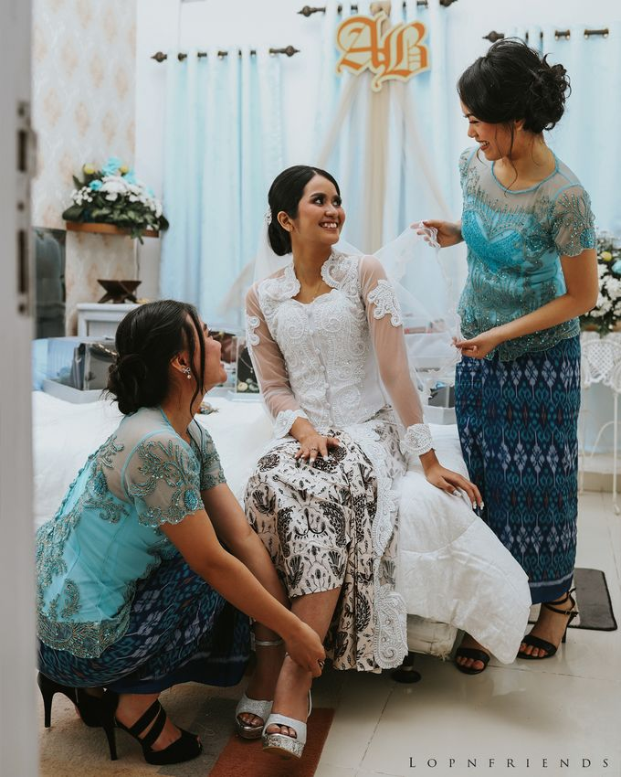 Budi & Ayu Wedding day by lop - 005