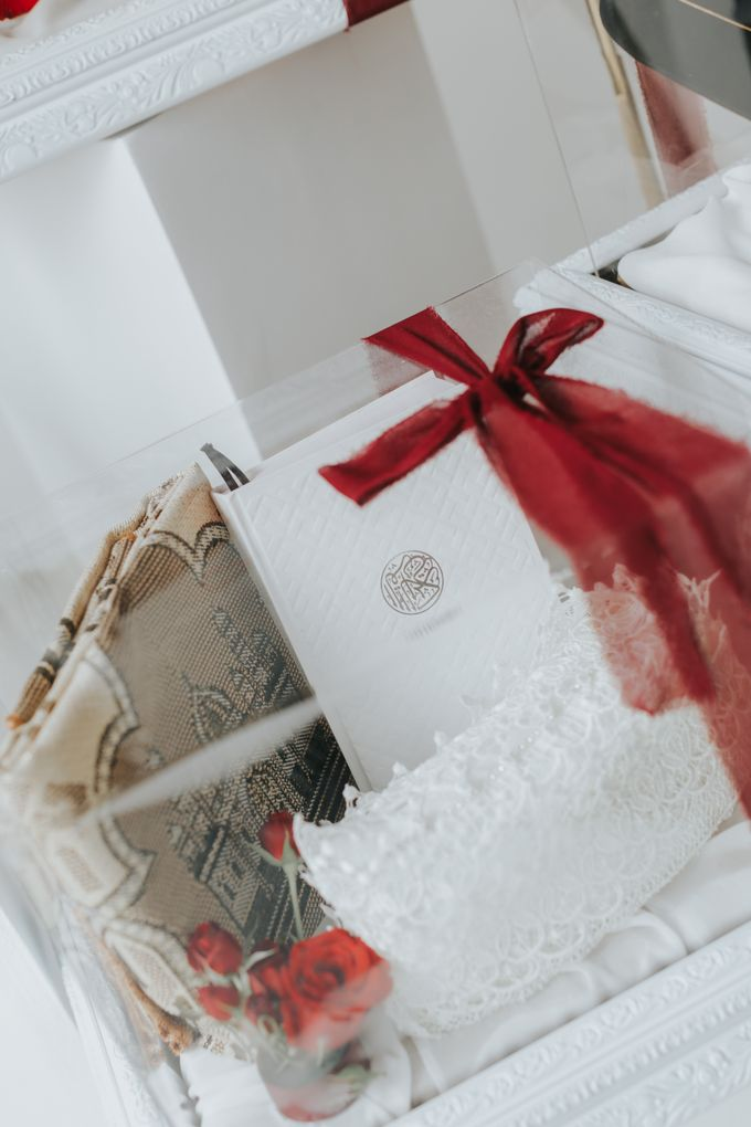 Indah Engagement Hampers by Bloomette - 015