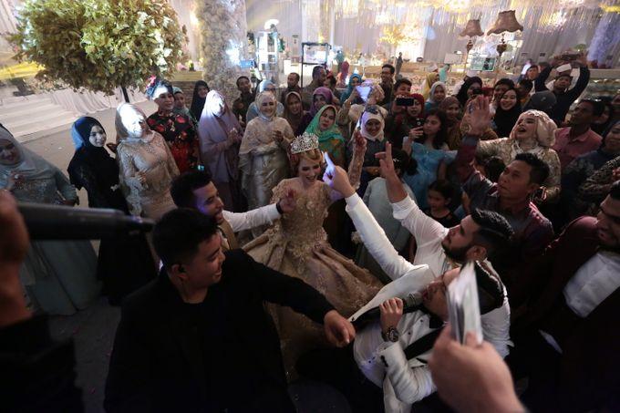 Wedding Of Azmi & Rabi'ah by The Great Larasati - 044