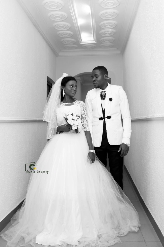 Wedding Photography by Iconic imagery - 005