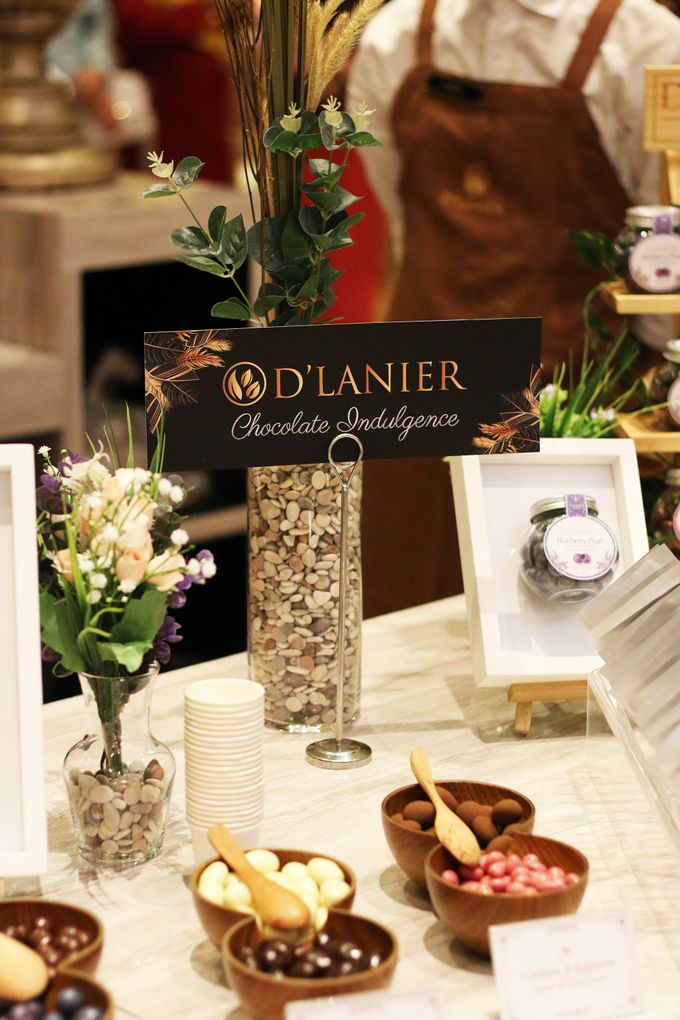 Naufal & Selly Wedding by D'LANIER Artisan Chocolates - 012
