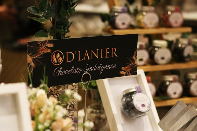 Naufal & Selly Wedding by D'LANIER Artisan Chocolates - 013