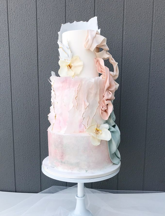 Wedding cake by Tell Cake Boutique - 001