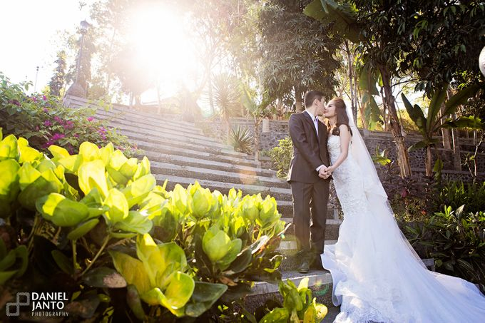 Love is a Commitment by Putri Bali Makeup - 028