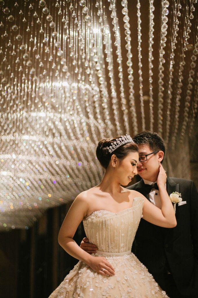 THE WEDDING OF DANIEL & NOVI by Alluvio - 011