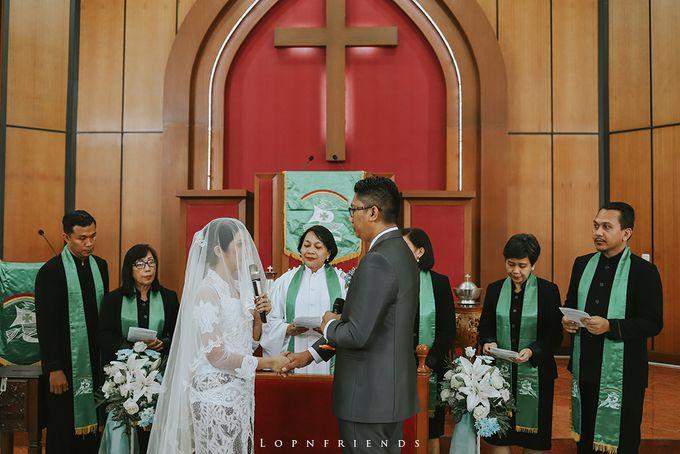 Budi & Ayu Wedding day by lop - 016