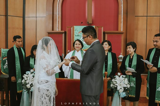 Budi & Ayu Wedding day by lop - 017