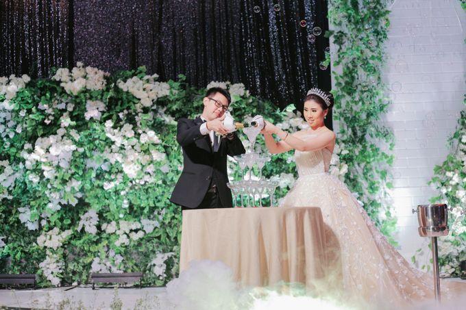 THE WEDDING OF DANIEL & NOVI by Alluvio - 014