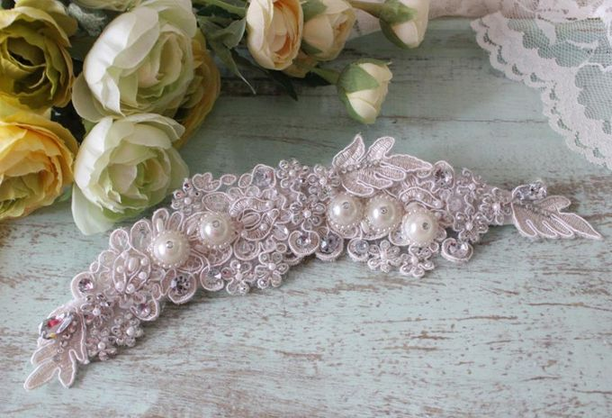 Custom Hairpiece by The Bride and Butter - 003