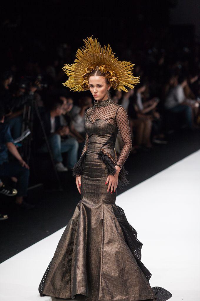 Jakarta Fashion Week 2018 by Esselia_Atelier - 001
