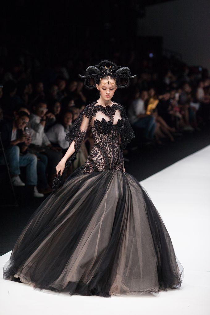 Jakarta Fashion Week 2018 by Esselia_Atelier - 006