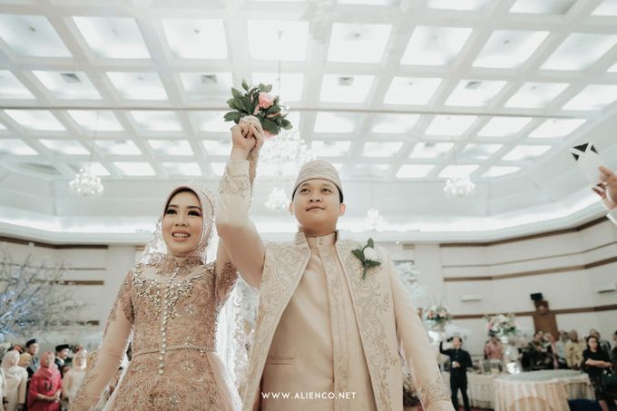 The Wedding Of Shella & Lutfi by alienco photography - 034