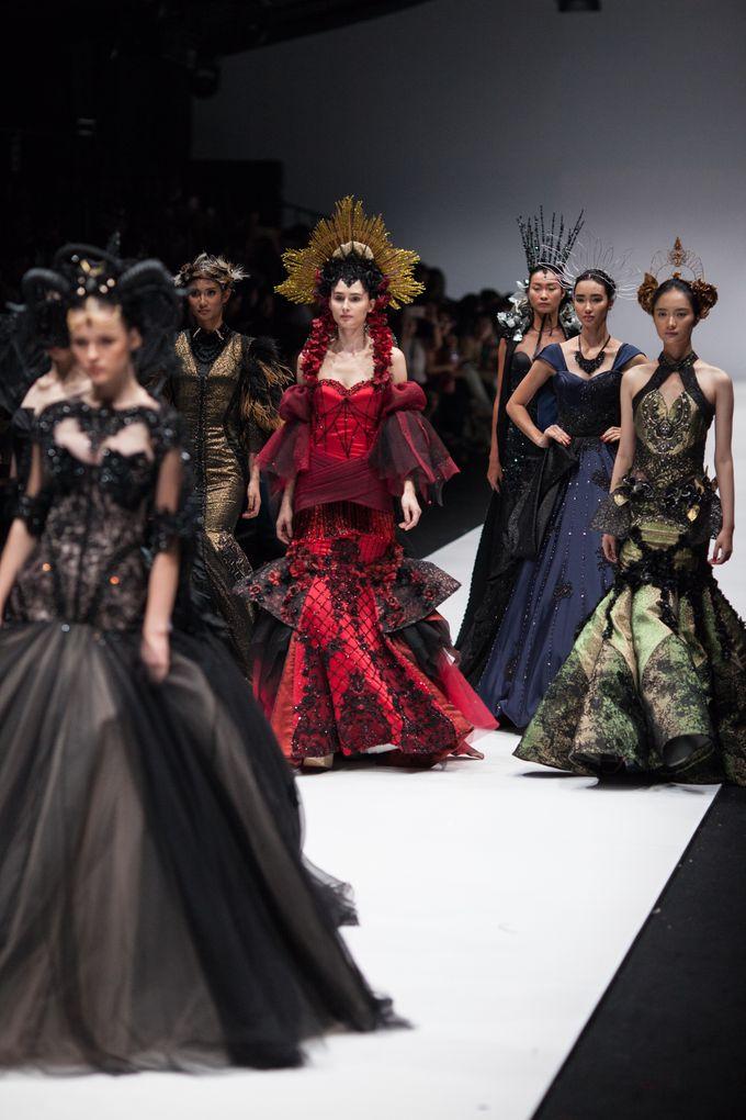 Jakarta Fashion Week 2018 by Esselia_Atelier - 007