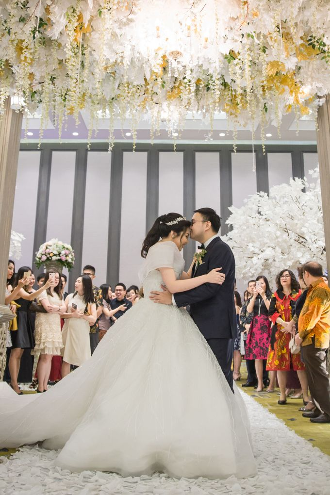 The Wedding of Michael & Livia by Wong Hang Distinguished Tailor - 005