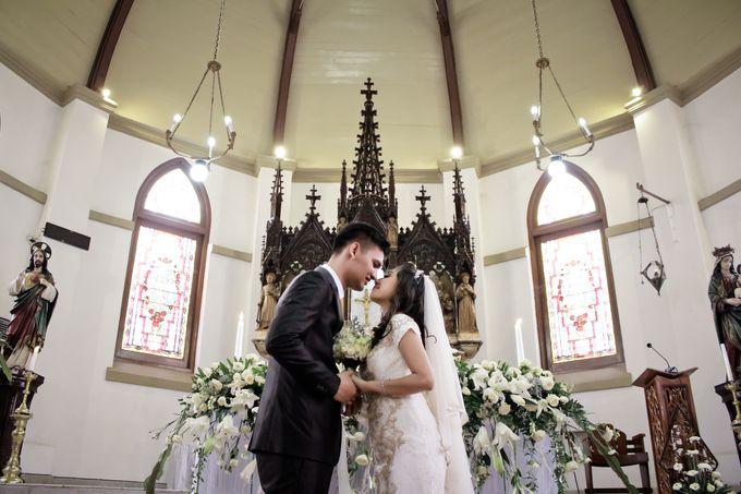Wedding Gita & Trisno by aaron Photo & Cinema - 017