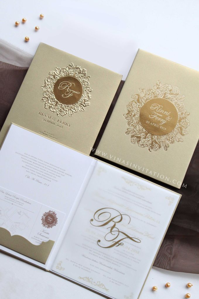 Rinni & Ferry by Vinas Invitation - 002