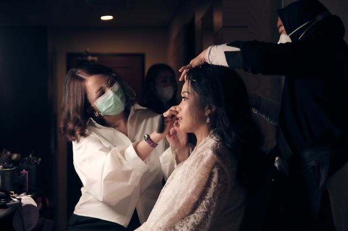 A Royal Wedding of dr. Erwin & dr. Feti by Khayim Beshafa One Stop Wedding - 002