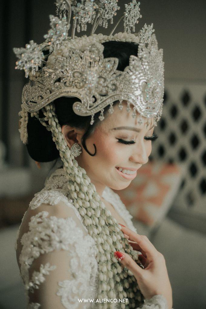 Traditional Wedding Kania & Radit by alienco photography - 038