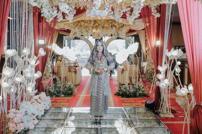 PURI ARDHYA GARINI WEDDING OF NIA & AFFAN by alienco photography - 039