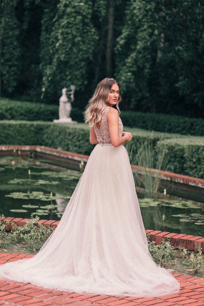 Bespoke Bridal Gowns by Elizabeth Grace Couture - 002