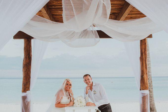 Weddingday Mark & Lisa by Topoto - 017