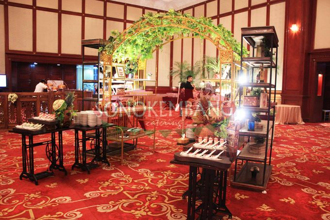 Wedding of Matt & Mira by Sonokembang Catering - 013
