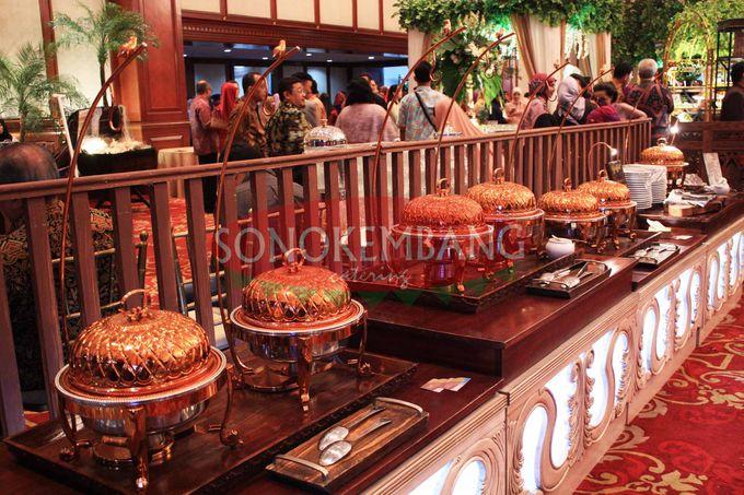 Wedding of Matt & Mira by Sonokembang Catering - 025