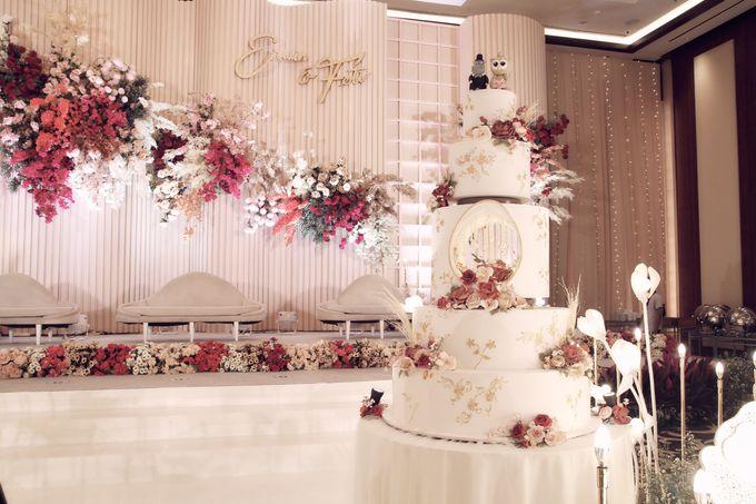 A Royal Wedding of dr. Erwin & dr. Feti by Khayim Beshafa One Stop Wedding - 022