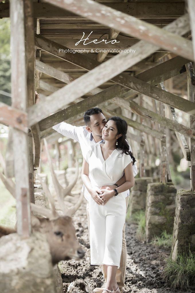 Prewedding Indoor & Outdoor by Herophotography - 001