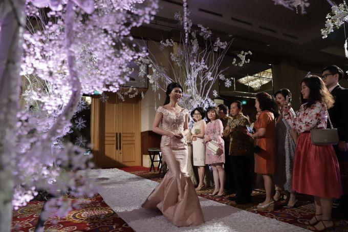 Family Dresses For Engagement & Wedding Of Citro & Bragita by Eliana Andrea - 003