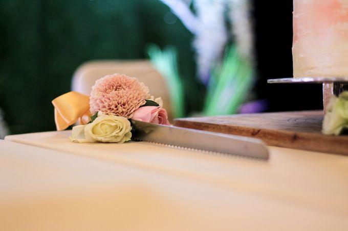Wedding Cake - Indra & Livia by Lareia Cake & Co. - 005