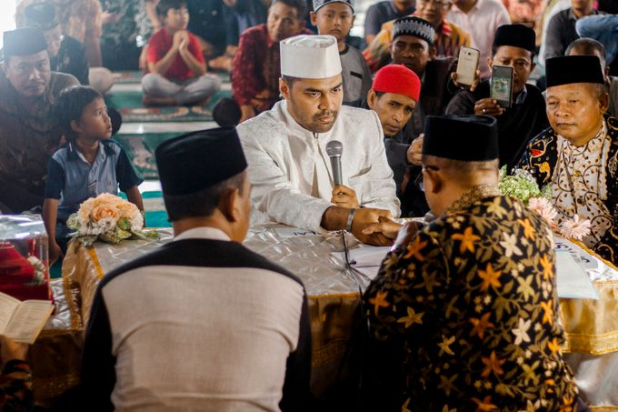 The Wedding of Ikhsan and Laily by LAKSMI - Kebaya Muslimah & Islamic Bride - 019