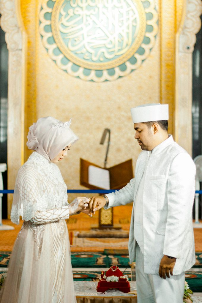 The Wedding of Ikhsan and Laily by LAKSMI - Kebaya Muslimah & Islamic Bride - 021