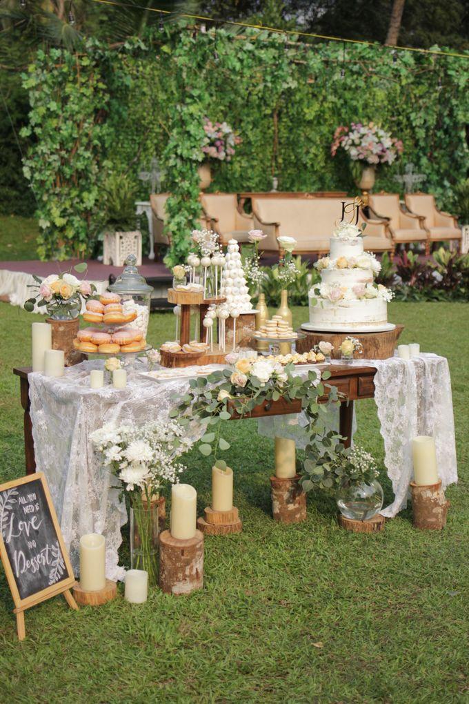 Rustic Dessert Table by Gordon Blue Cake - 015