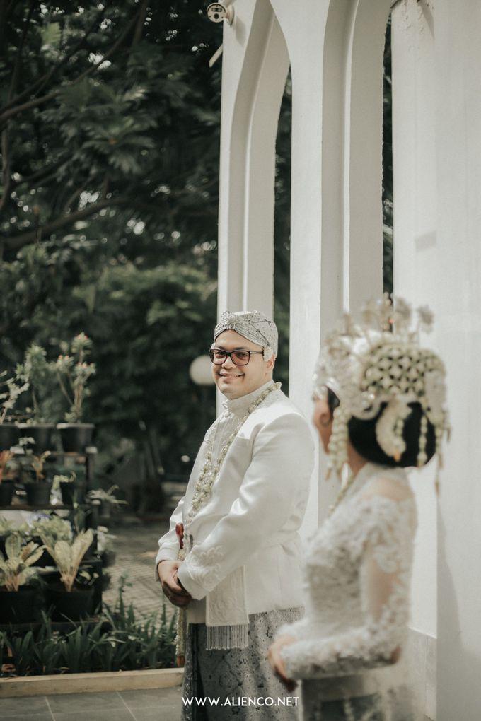 Traditional Wedding Kania & Radit by alienco photography - 040