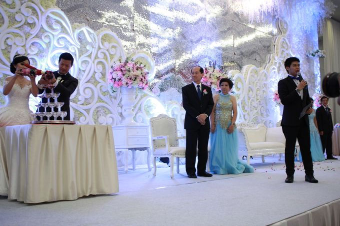 Jazz Wedding Entertainment Merlyn Park Hotel Jakarta - Double V entertainment by Anthony Stevven - 008