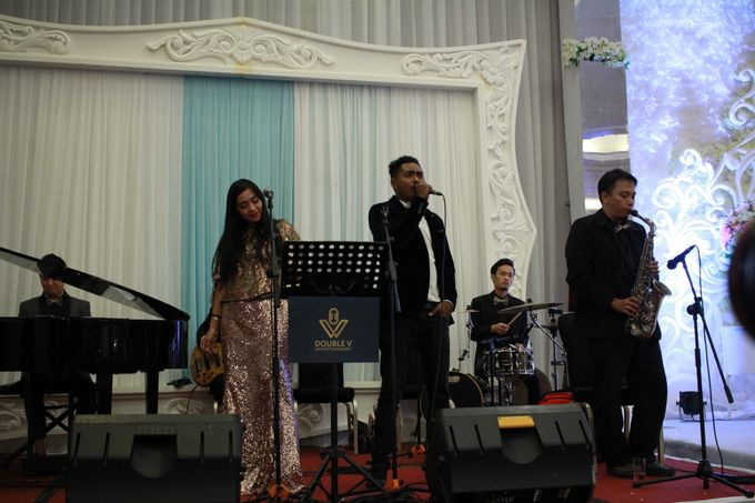 Jazz Wedding Entertainment Merlyn Park Hotel Jakarta - Double V entertainment by FOREVER CAKE - 002