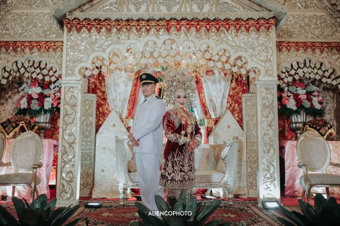 PURI ARDHYA GARINI WEDDING OF NIA & AFFAN by alienco photography - 043