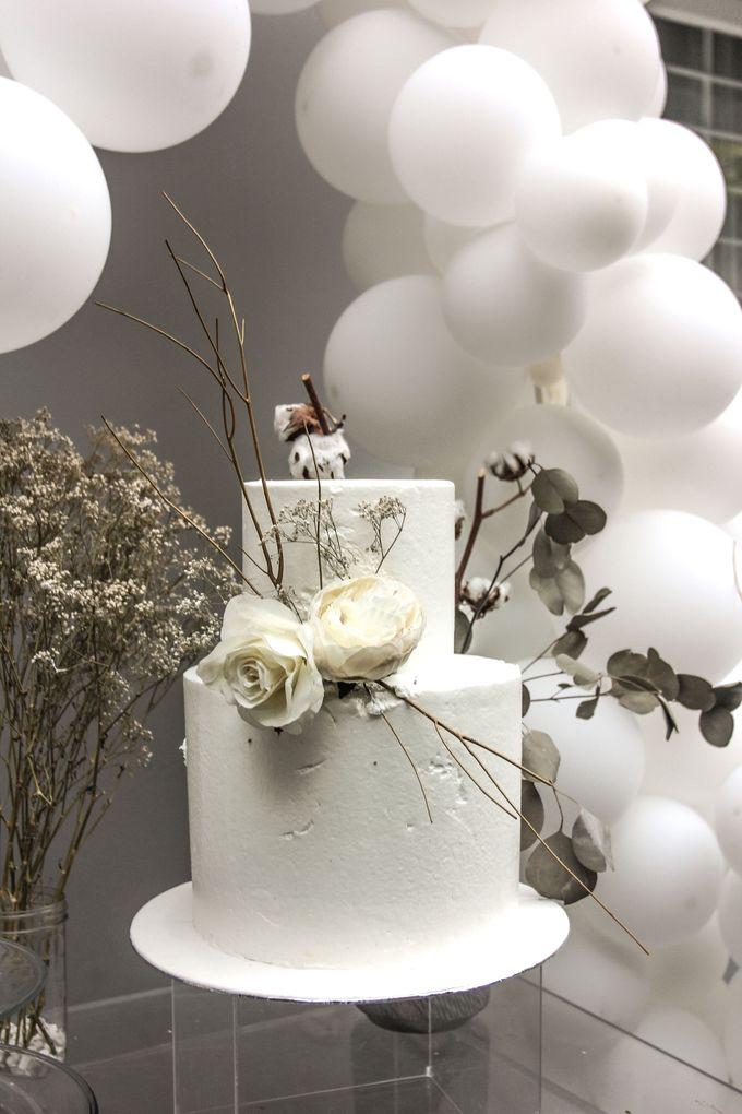 Romantic Dessert Table by Gordon Blue Cake - 033