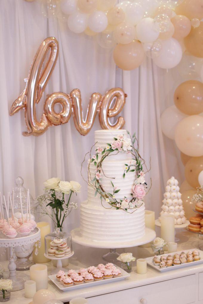 Romantic Dessert Table by Gordon Blue Cake - 007