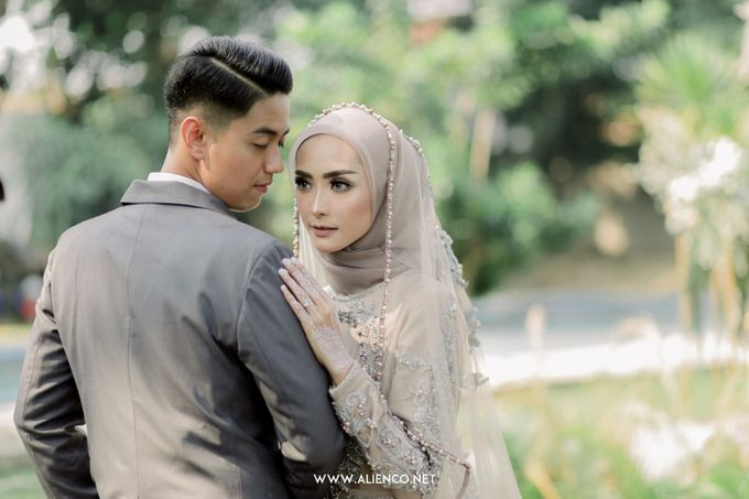 The Wedding Of Melly & Wisnu by alienco photography - 037