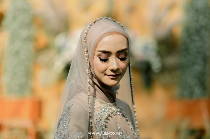 The Wedding Of Melly & Wisnu by alienco photography - 040