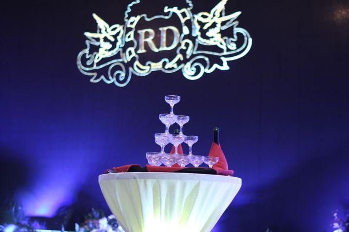 MC WEDDING ROBBY & DEBRINA AT HARRIS HOTEL by Aldo Adela MC & Magician - 005